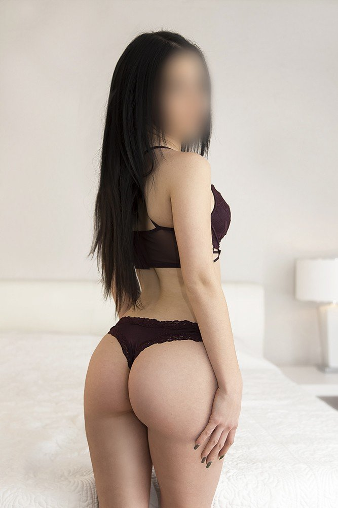 Aliss 21 years, female Escort from Montreal, Canada