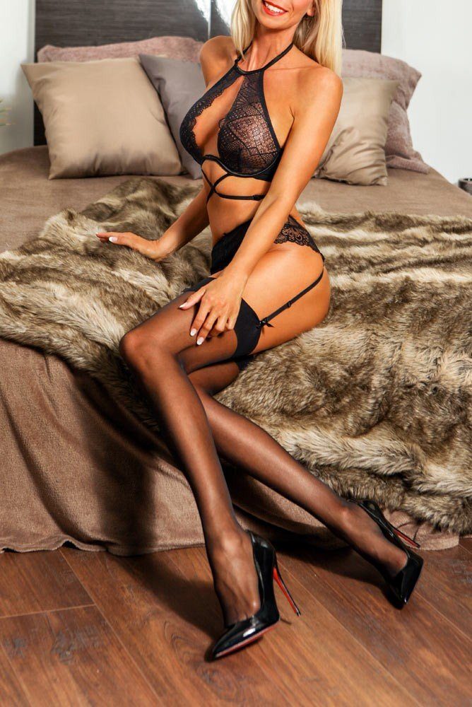 Louise (34), escort a Frankfurt am Main, Hesse, Germania
