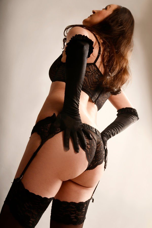 Ava (39), escort a Berlin, Berlin, Germania