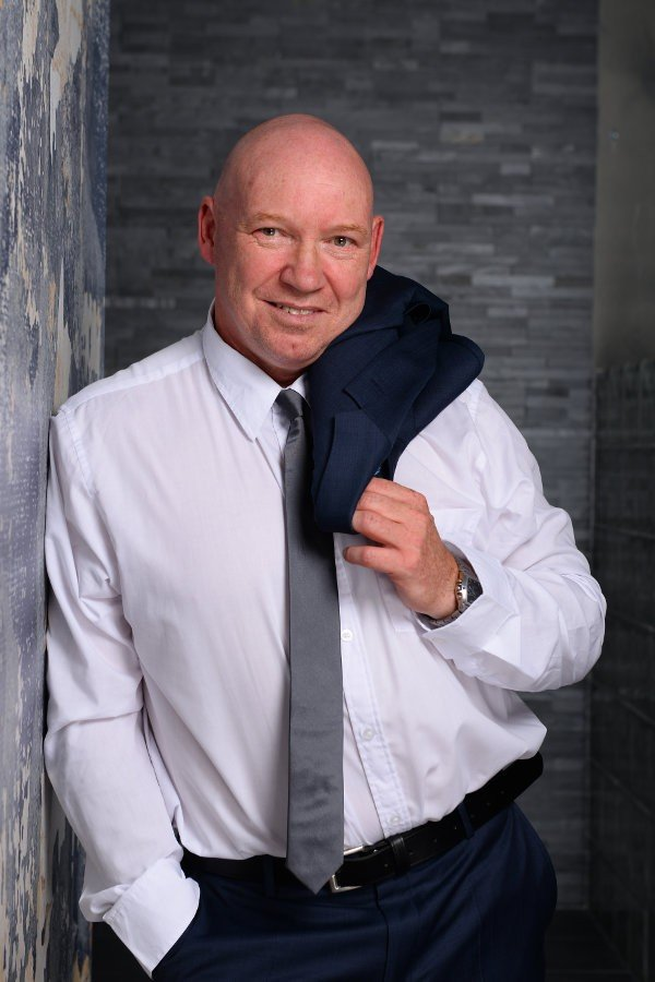 Frank (56), escort a Berlin, Berlin, Germania