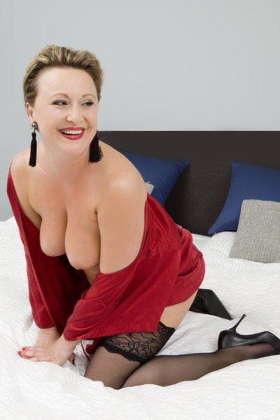 Lady Ariane (46), escort a Berlin, Berlin, Germania