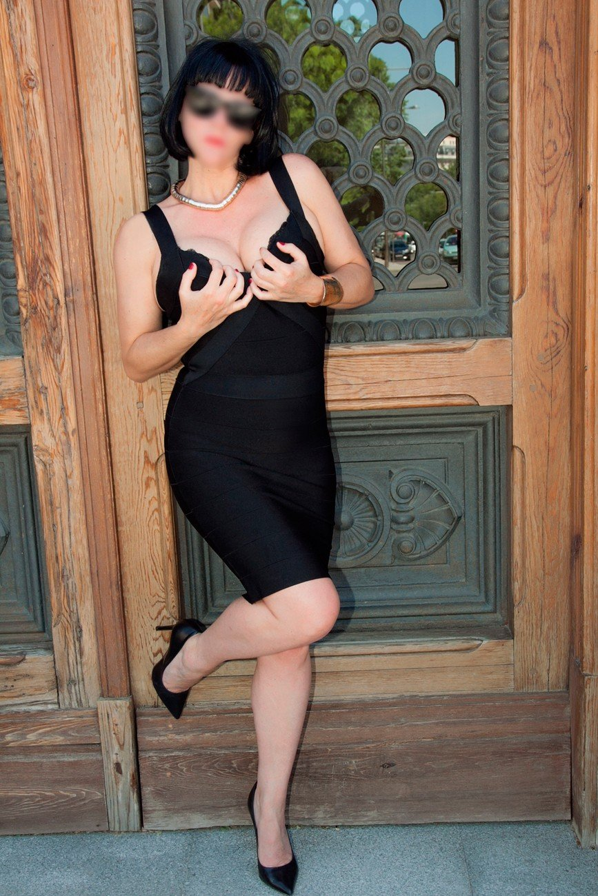 Susana (40), escort in Madrid, Madrid, Spain