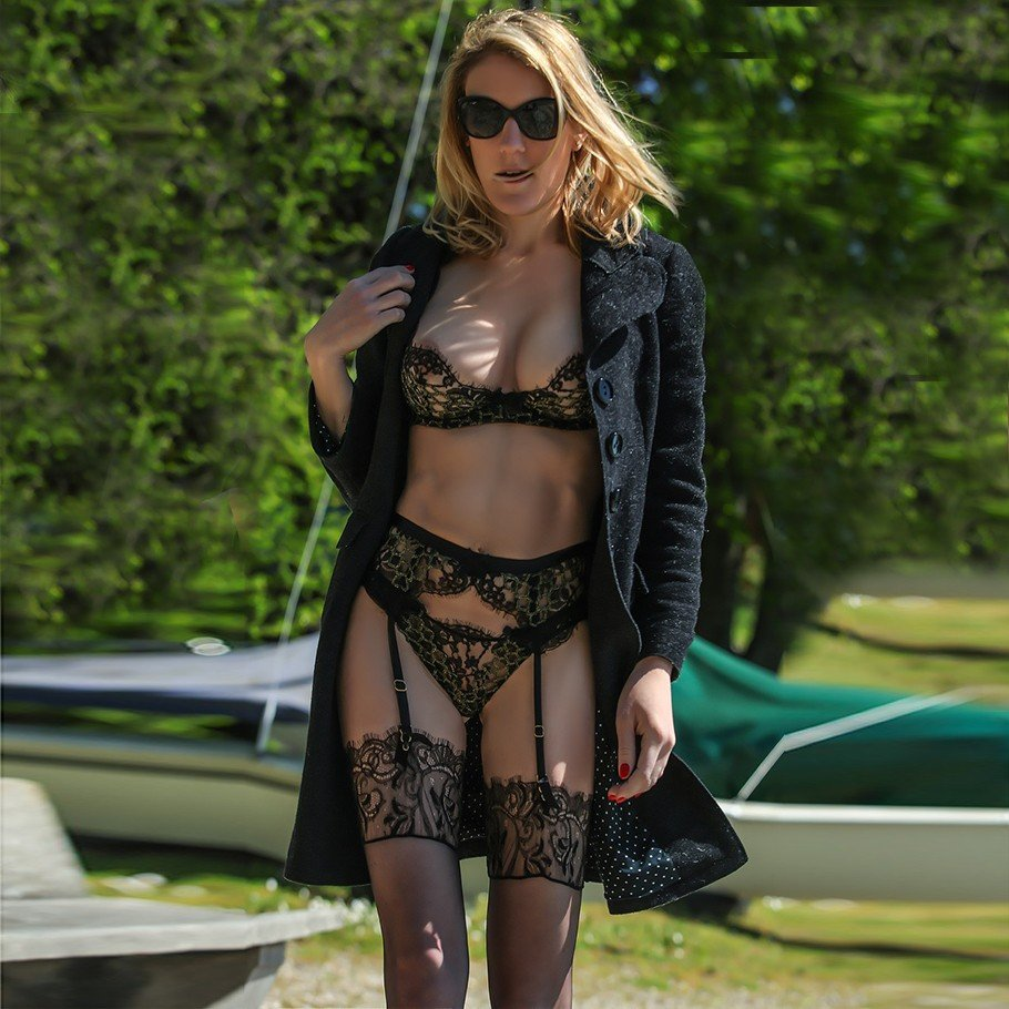 Julie (37), escort in Geneva, Genève, Switzerland