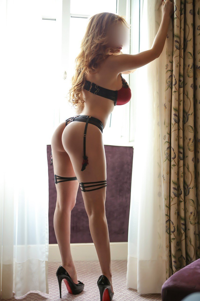 Adriana (42), escort in Geneva, Genève, Switzerland