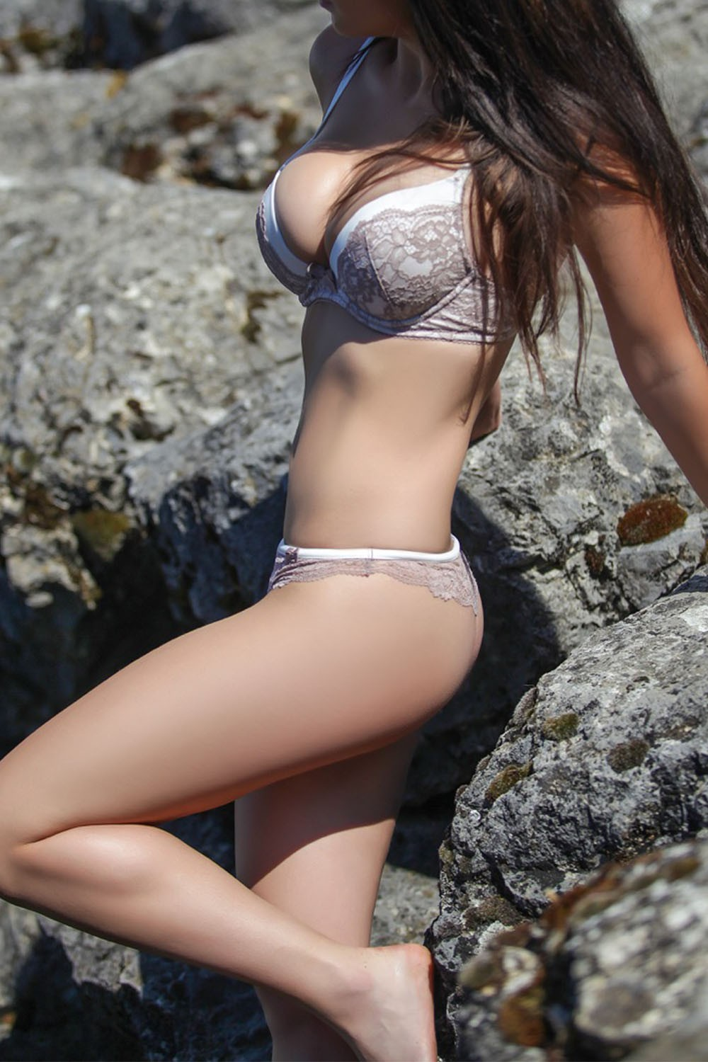Sonia (27), escort in Geneva, Genève, Switzerland