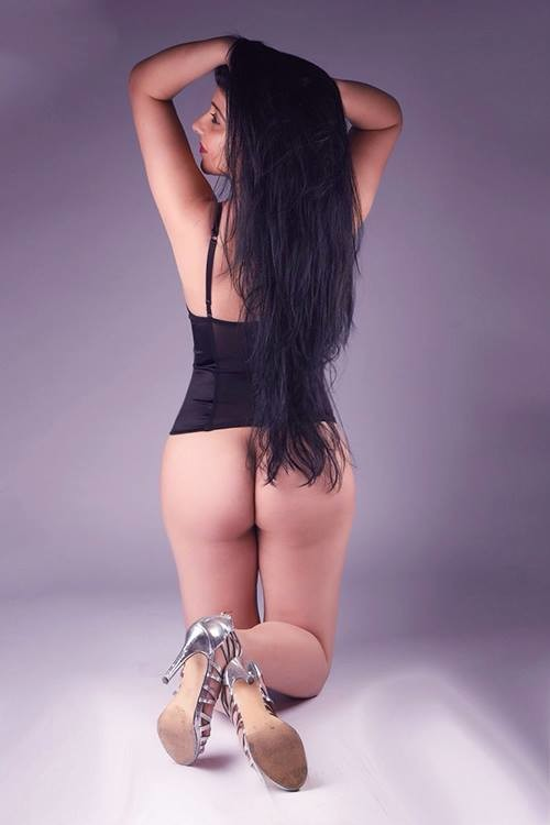 Ebru (22), escort a Berlin, Berlin, Germania