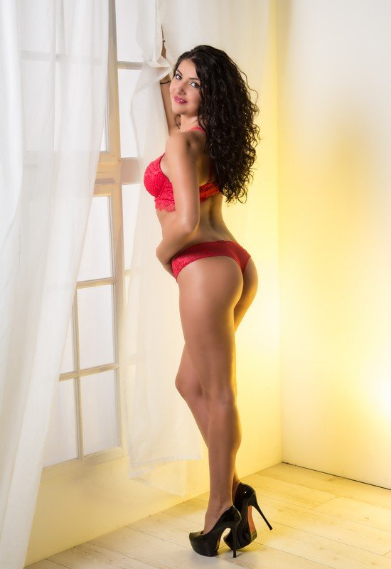 Eva (25), escort in Lucerne, Luzern, Switzerland