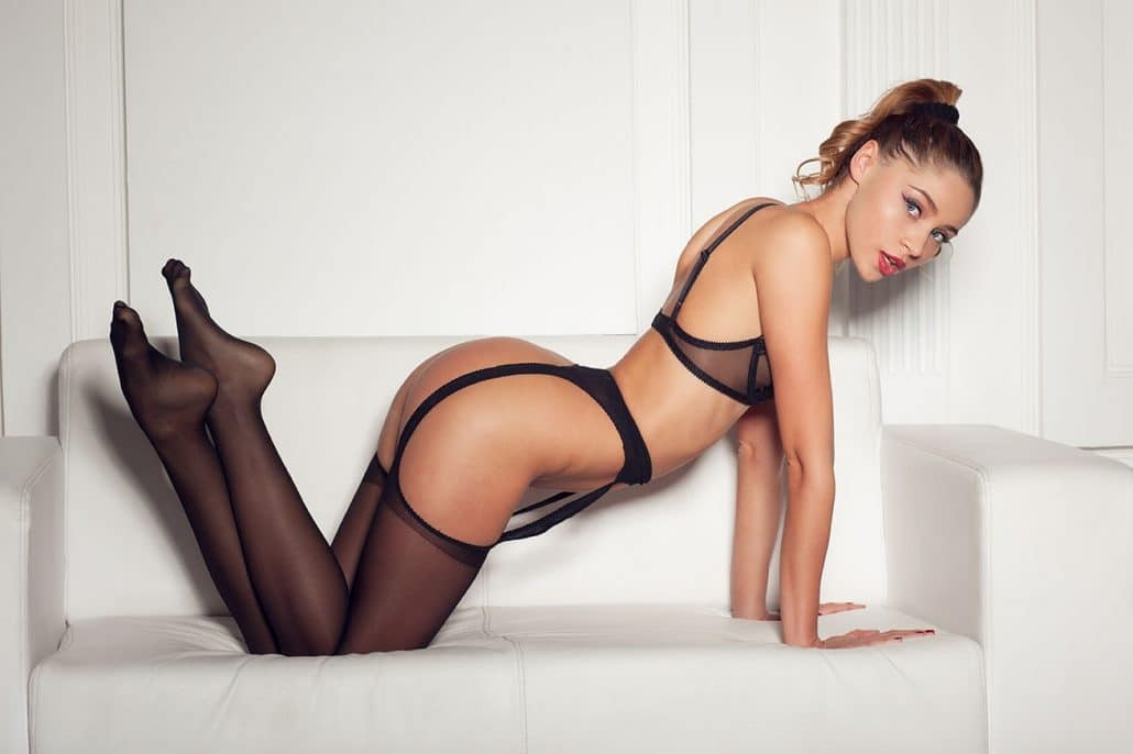 Sarah (26), escort in Zurich, Zürich, Switzerland