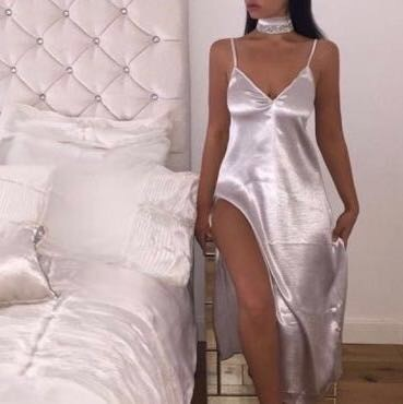 Sara (26), escort in Lausanne, Vaud, Switzerland