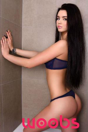 Addi (21), Escort da London, Greater London, Regno Unito