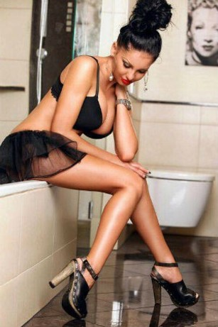Patricia 25 years, female Escort from London, United Kingdom